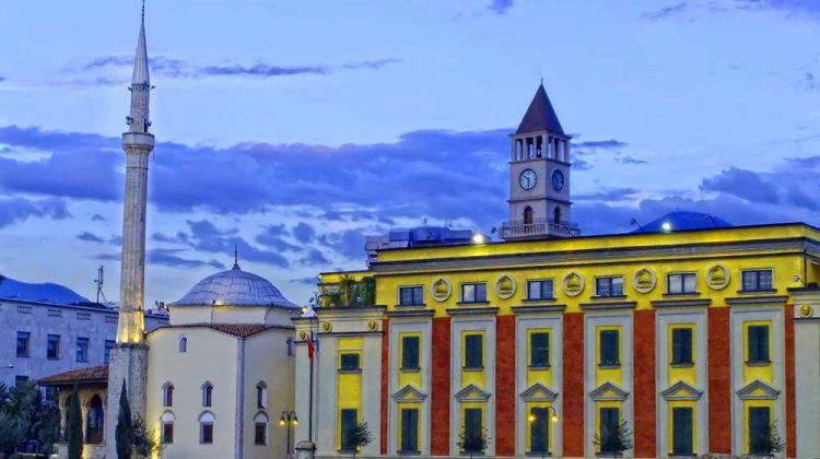 الحصول على الجنسية الالبانية عن طريق الاستثمار في ألبانيا