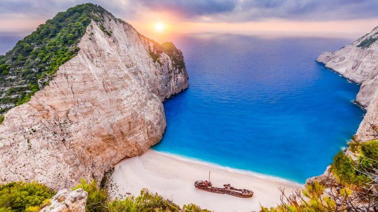 السفر الي جزيرة زاكينثوس