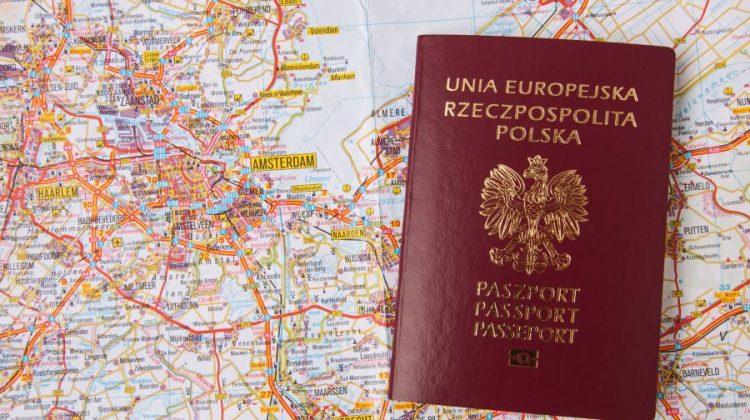 الهجرة الى بولندا